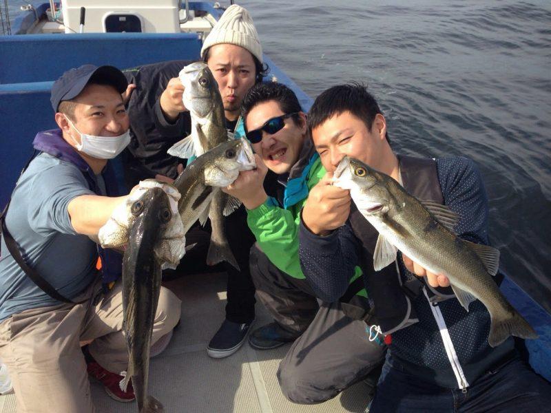 須江地元友達と4人で4ヒットした集合写真