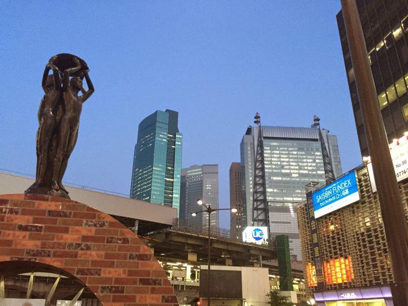 須江、遠藤社長と初めて会う前の新橋風景